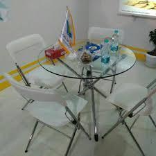 اجاره میز و صندلی تاشو سفید